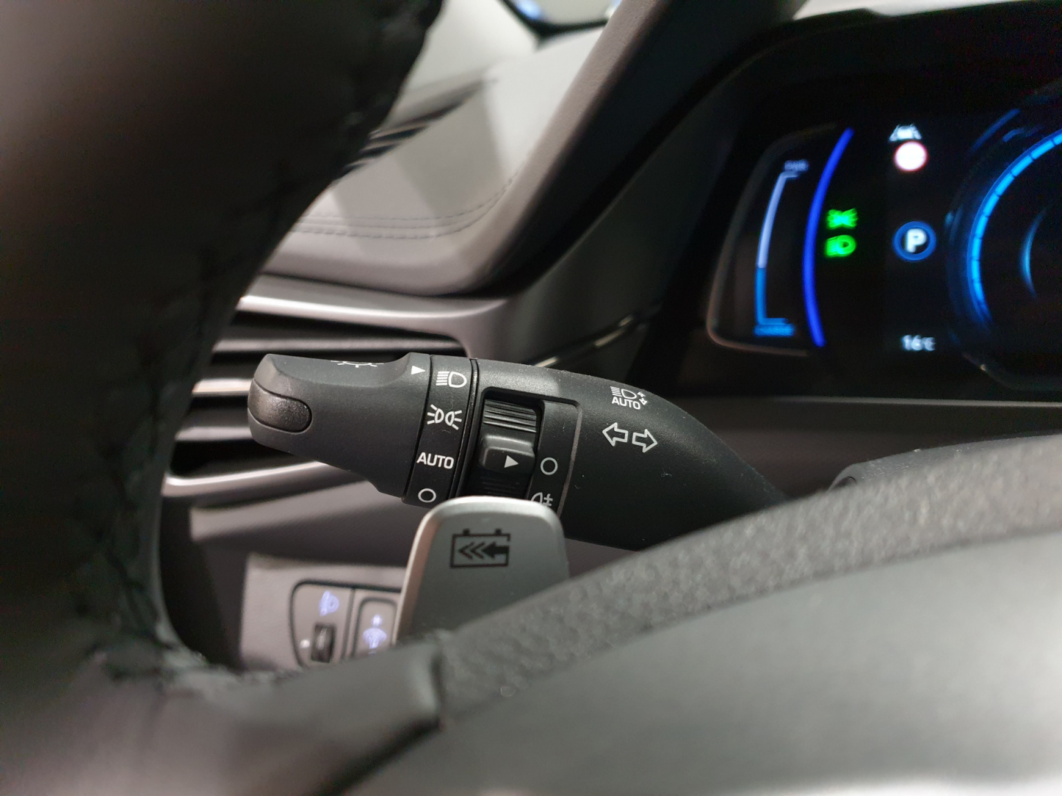 Hyundai-IONIQ-20
