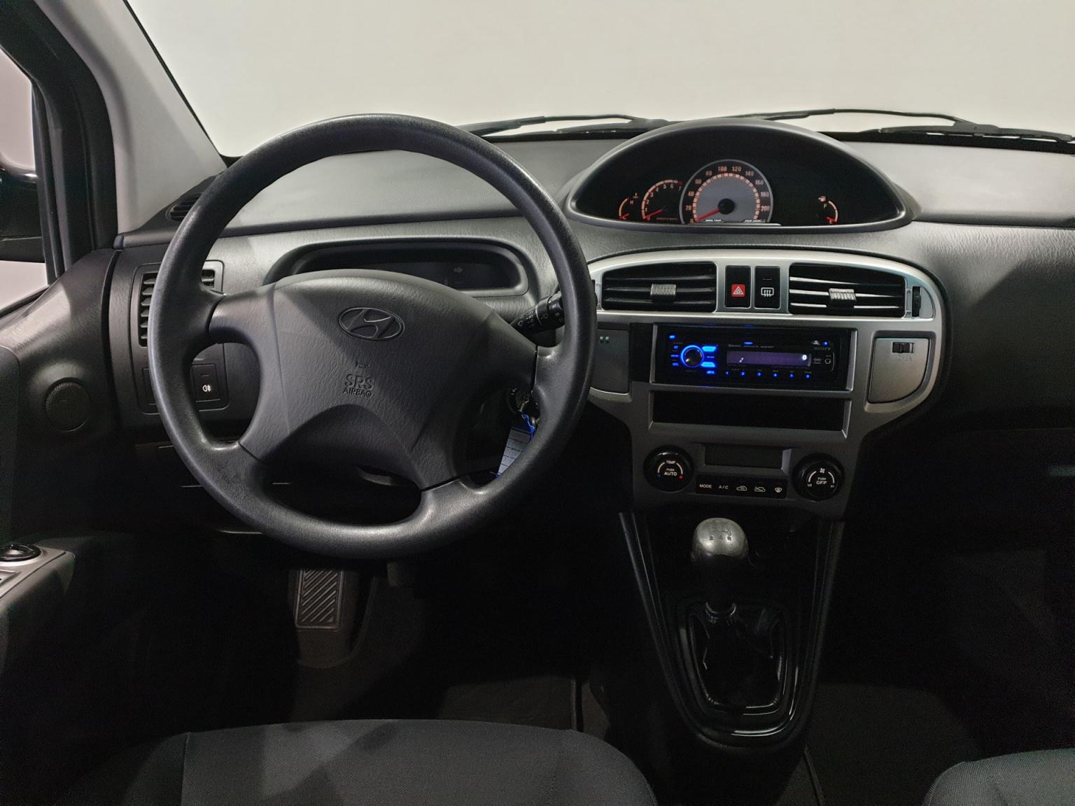Hyundai-Matrix-16