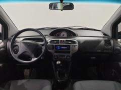 Hyundai-Matrix-15